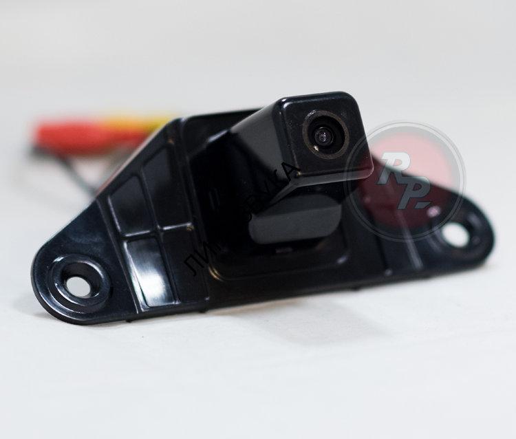 связаны строительством камера заднего вида на ленд крузер прадо 150 Фордайса (себорейные кисты
